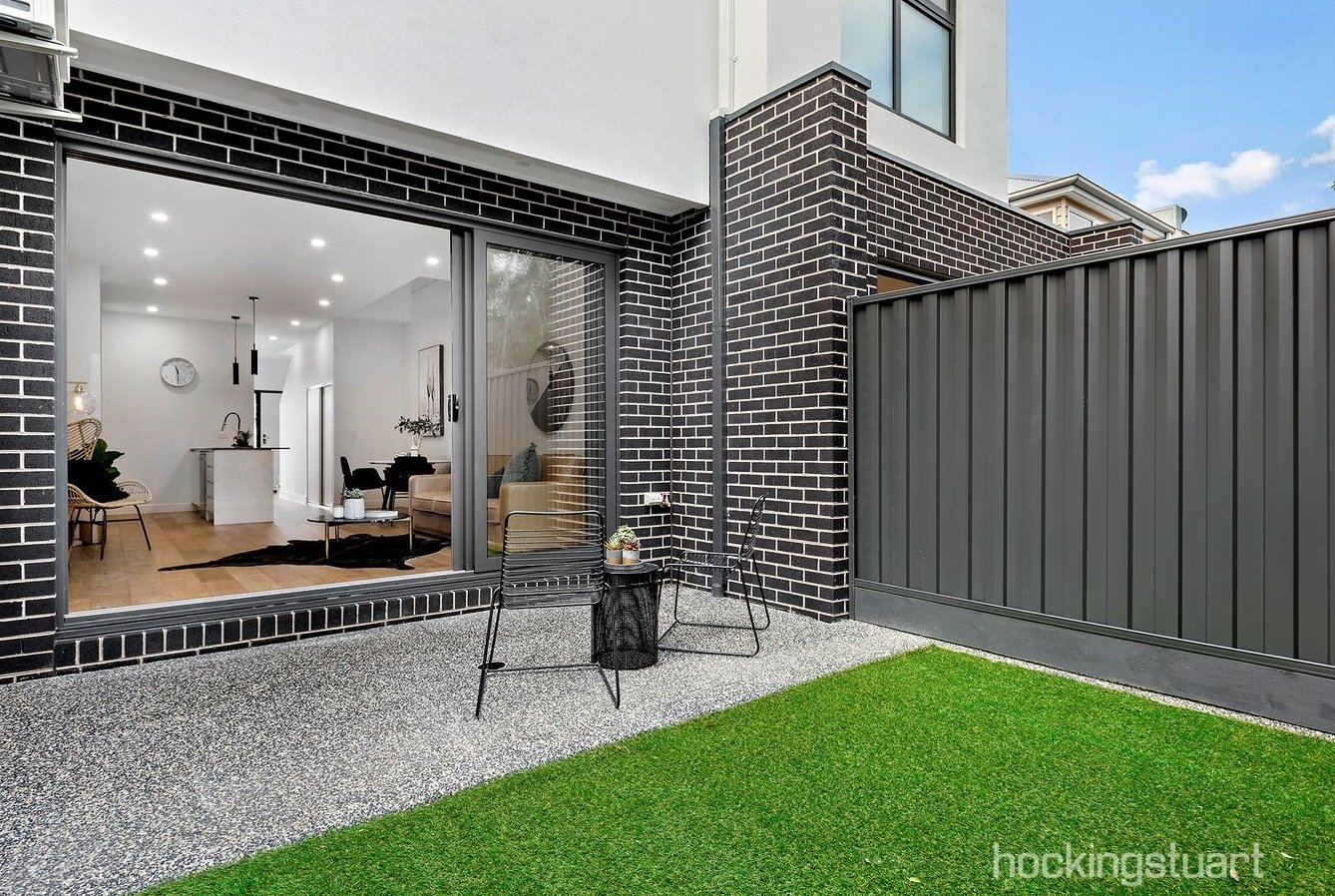 30 Liverpool St West Footscray05